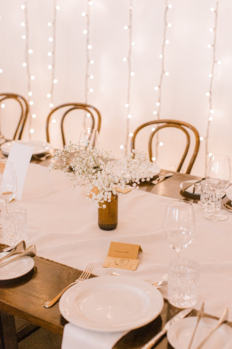 wedding table styling with white tablecloth